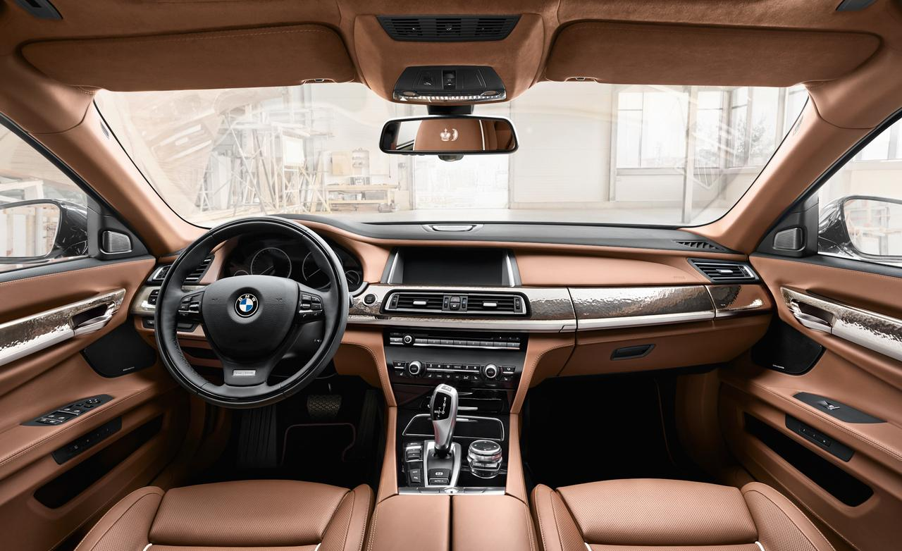 2016-BMW-M760Li-Interior-Wallpaper-For-Iphone