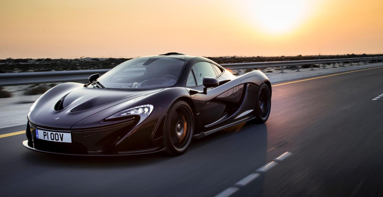 McLaren P1 Bahrain-773-crop5184x2670