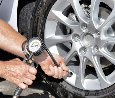 налягане на автомобилните гуми