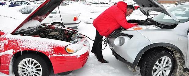 подаване на ток на кола