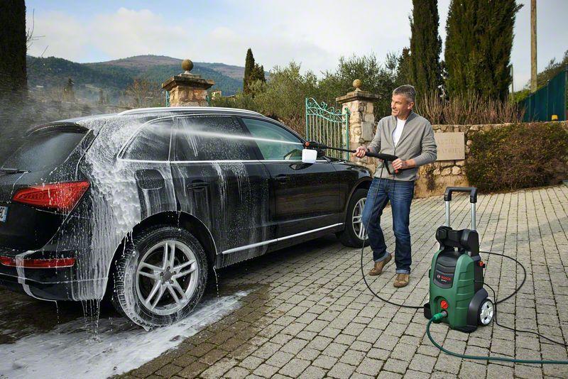 почистване на колата