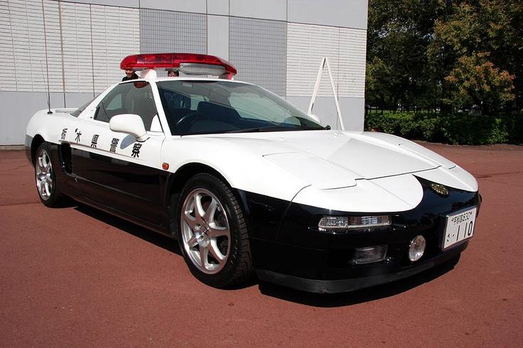 полицейска кола япония