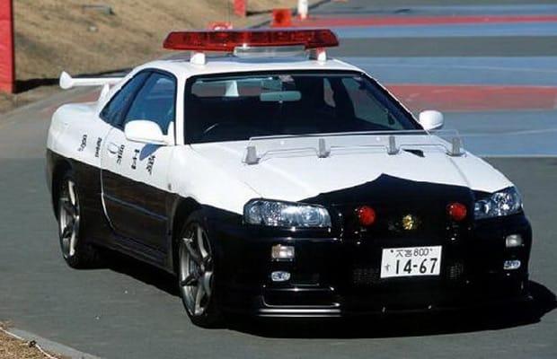 полиция япония